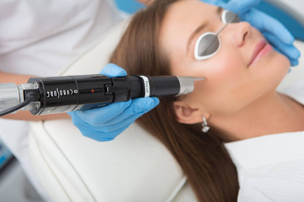 Воздействие лазером PicoSure на кожу
