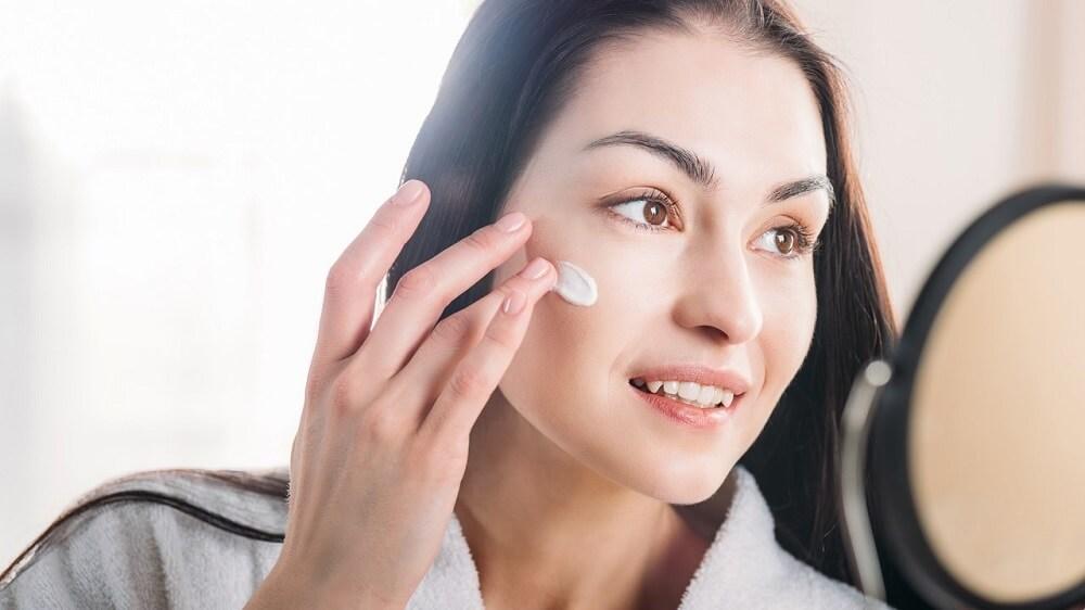 Как ухаживать за кожей после процедуры лечения акне лазером