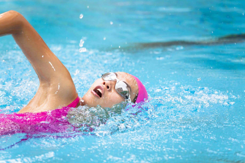 Защита кожи в бассейне