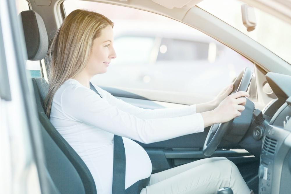 Беременные и вождение машины