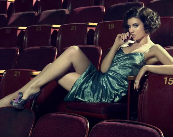 Что надеть женщине в театр