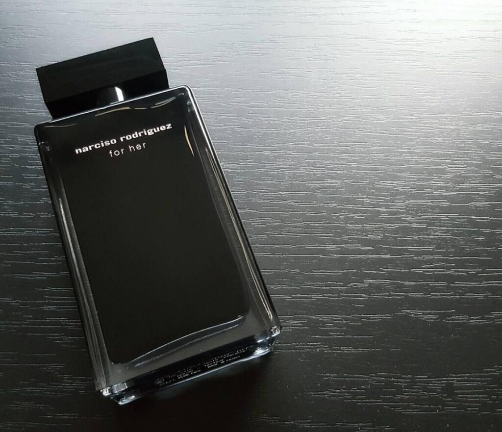 For Her, Narciso Rodriguez (2003)