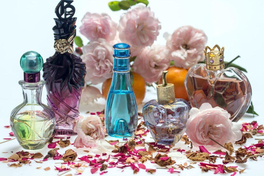 История мужских и женских ароматов