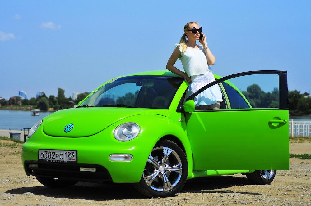 Какой автомобиль подойдет девушке