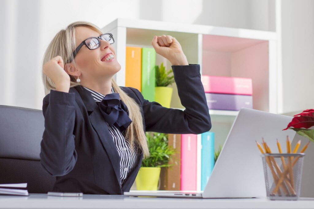 менеджер по продажам одна из востребованных профессий для девушки