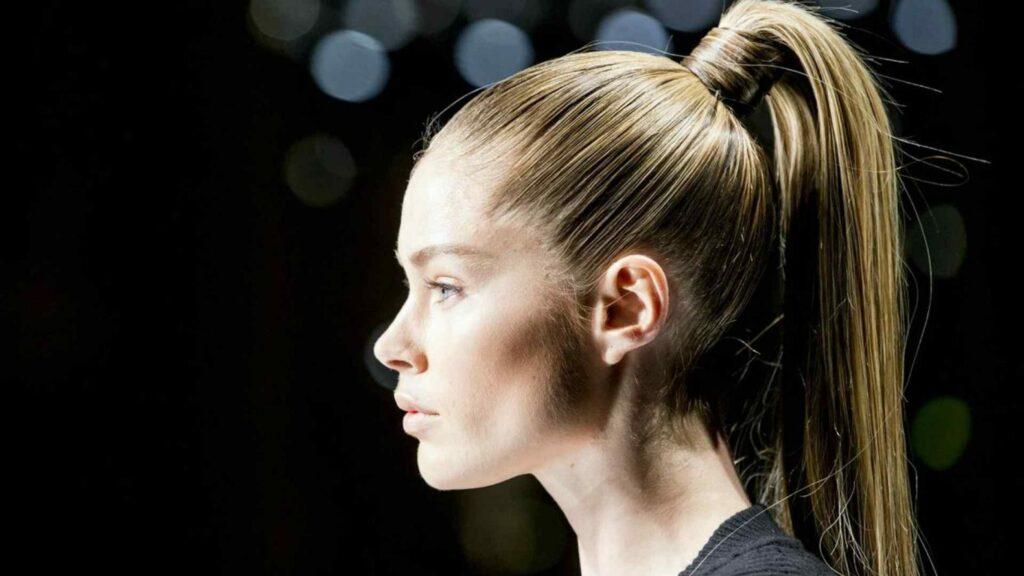тугой хвост самая вредная прическа для волос