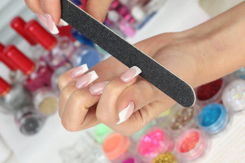 Не подпиливайте ногти в процессе носки гель-лака