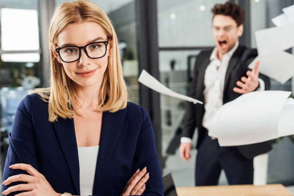 Сократите общение с токсичным сотрудником до минимума